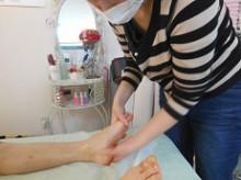 脚の浮腫み・冷えを改善